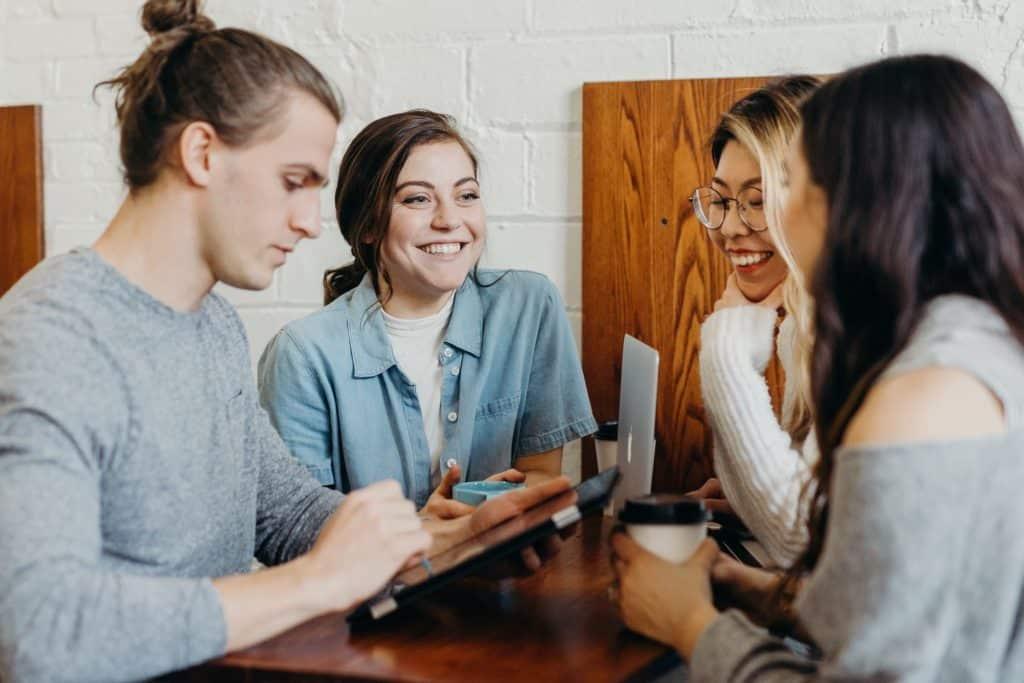 teamwork-table